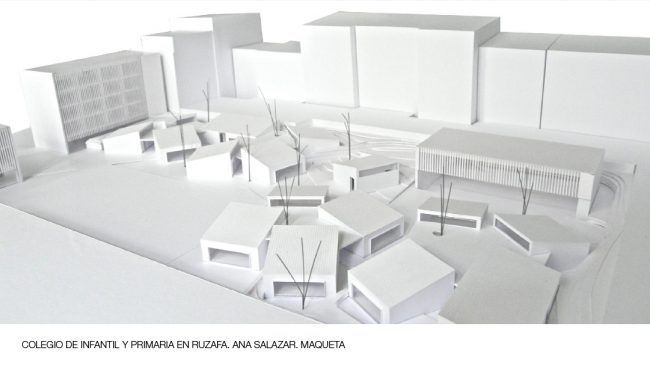 ANA SALAZAR_Colegio de infantil y primaria en Ruzafa_Maqueta/School in Ruzafa_Model