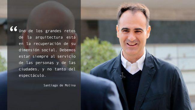 El arquitecto Santiago de Molina, durante su visita al CEU de Valencia