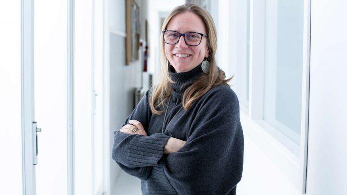 La profesora de Geometría Fractal, Lucía Hilario