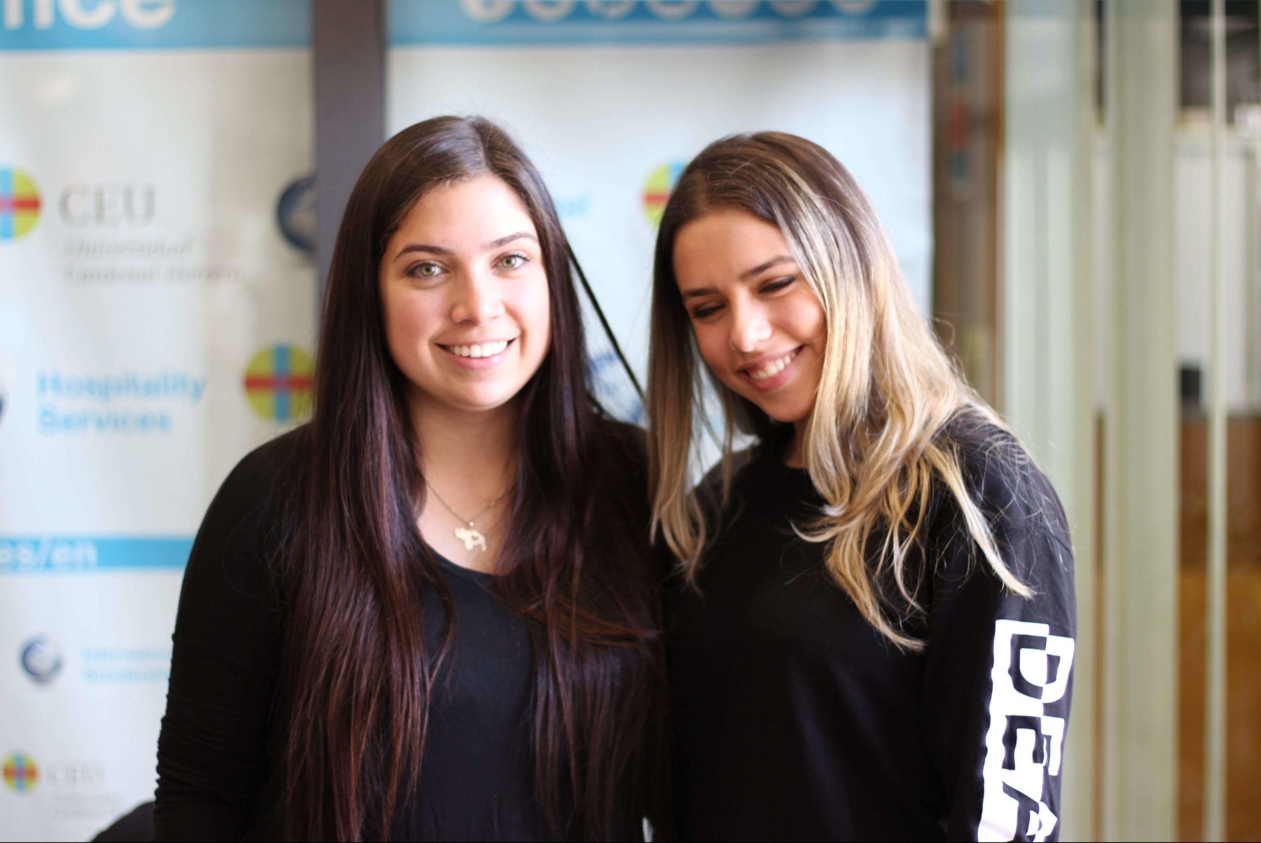 Maite and Andrea, both from Venezuela, finally met at CEU!