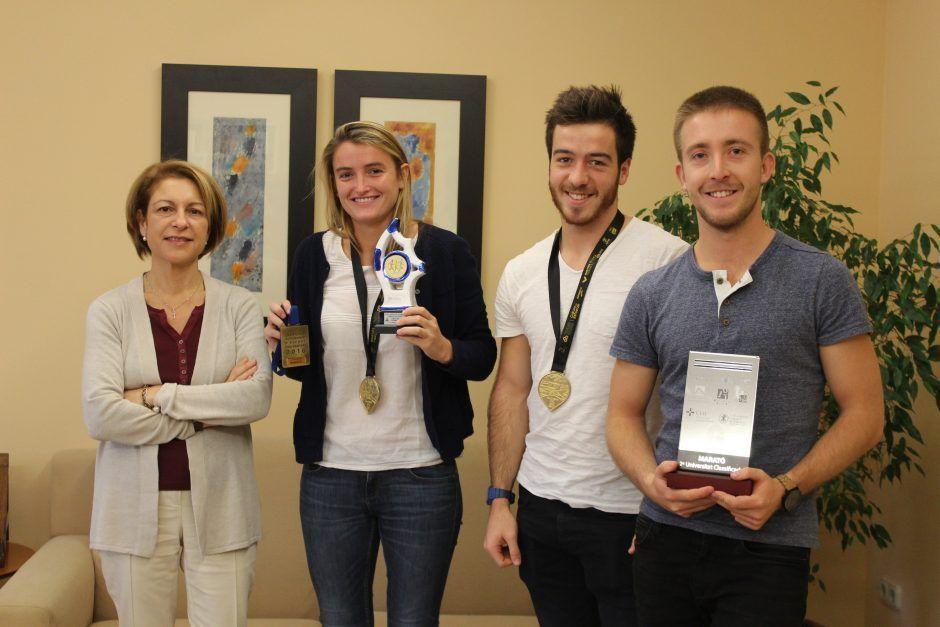 rectora-alumnos-maraton