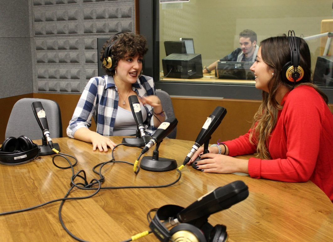 Left: Margarita, a Venezuelan-French first-year Journalism undergraduate, during her first appearance on Radio CEU
