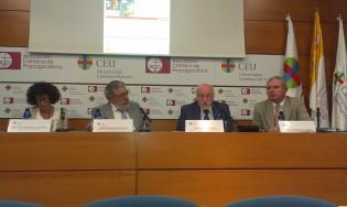 Antonio Robles Egea, nos deleitaba con su ponencia sobre Fernando de los Ríos