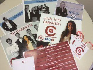 Carteles y merchandising electoral realizados por los alumnos