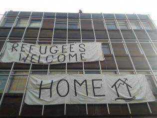 Edificio habilitado en Atenas para los refugiados (Imagen: Iván Martínez)