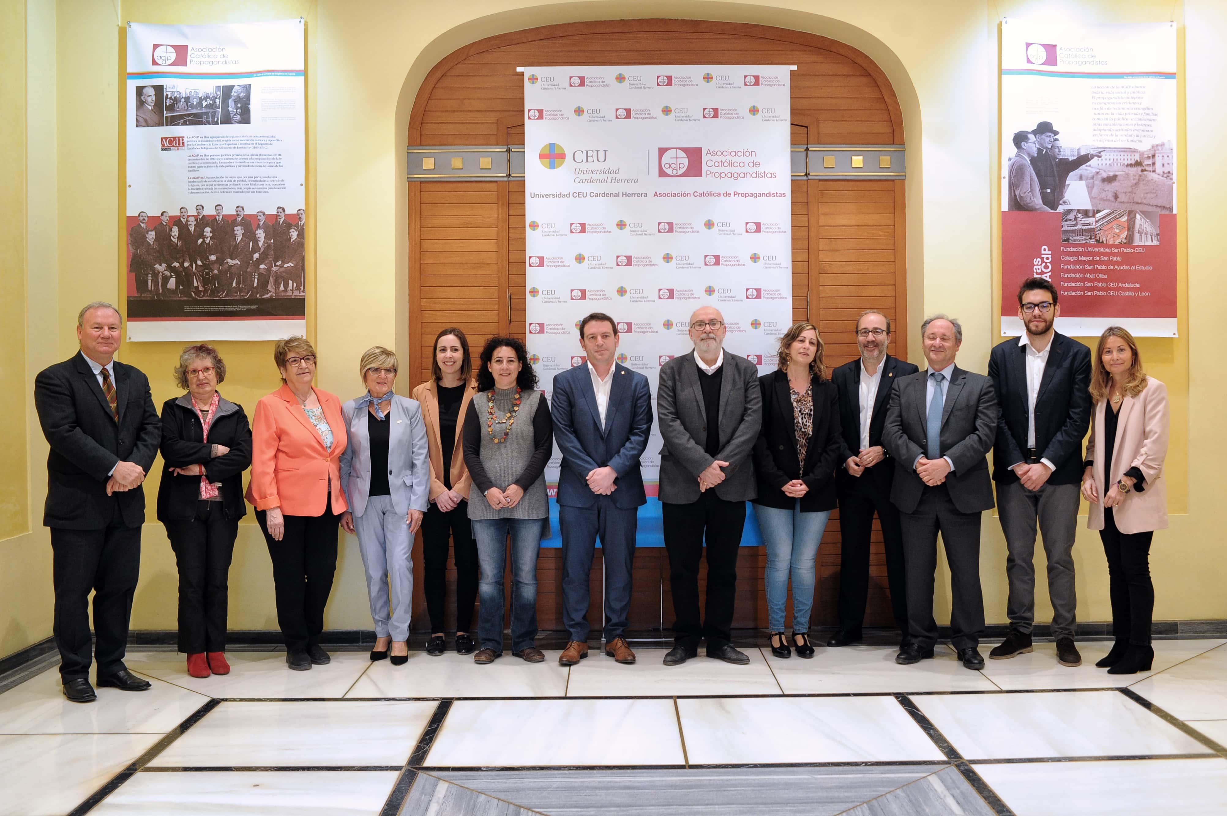 la-ceu-uch-y-la-autnoma-de-barcelona-premian-a-los-ayuntamientos-de-valencia-alzira-elche-y-castelln-por-la-transparencia-de-sus-webs-municipales_46676558105_o