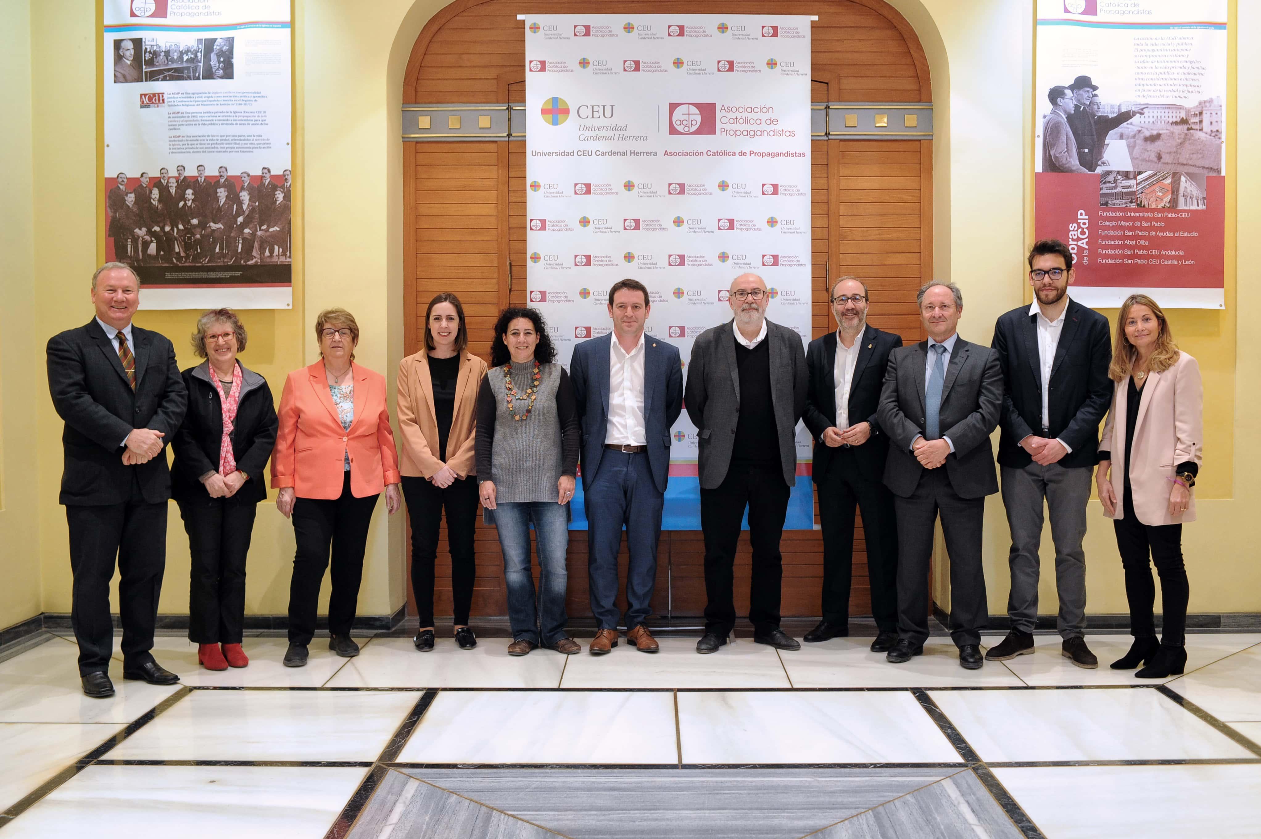 la-ceu-uch-y-la-autnoma-de-barcelona-premian-a-los-ayuntamientos-de-valencia-alzira-elche-y-castelln-por-la-transparencia-de-sus-webs-municipales_46676558555_o