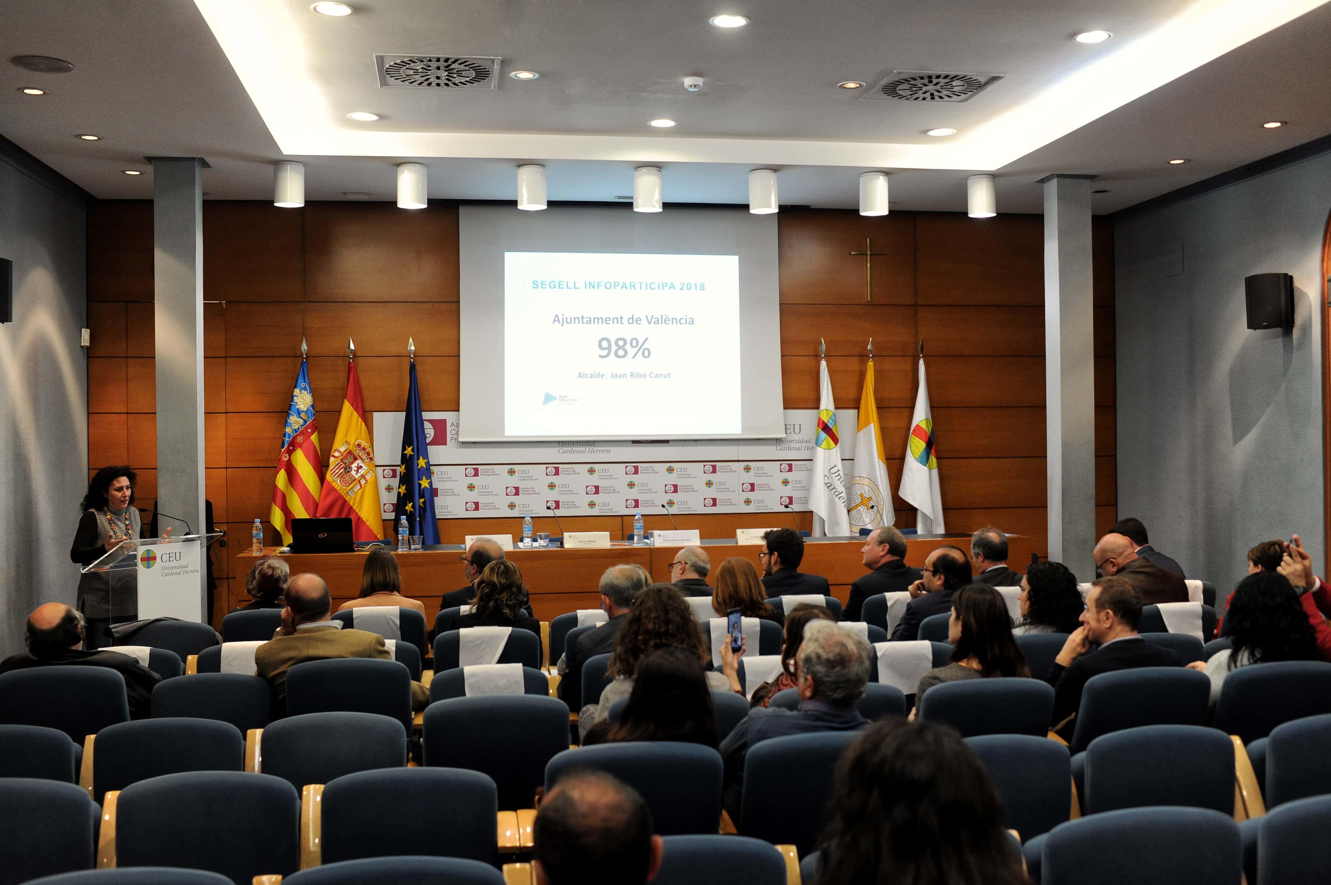 la-ceu-uch-y-la-autnoma-de-barcelona-premian-a-los-ayuntamientos-de-valencia-alzira-elche-y-castelln-por-la-transparencia-de-sus-webs-municipales_46676560205_o