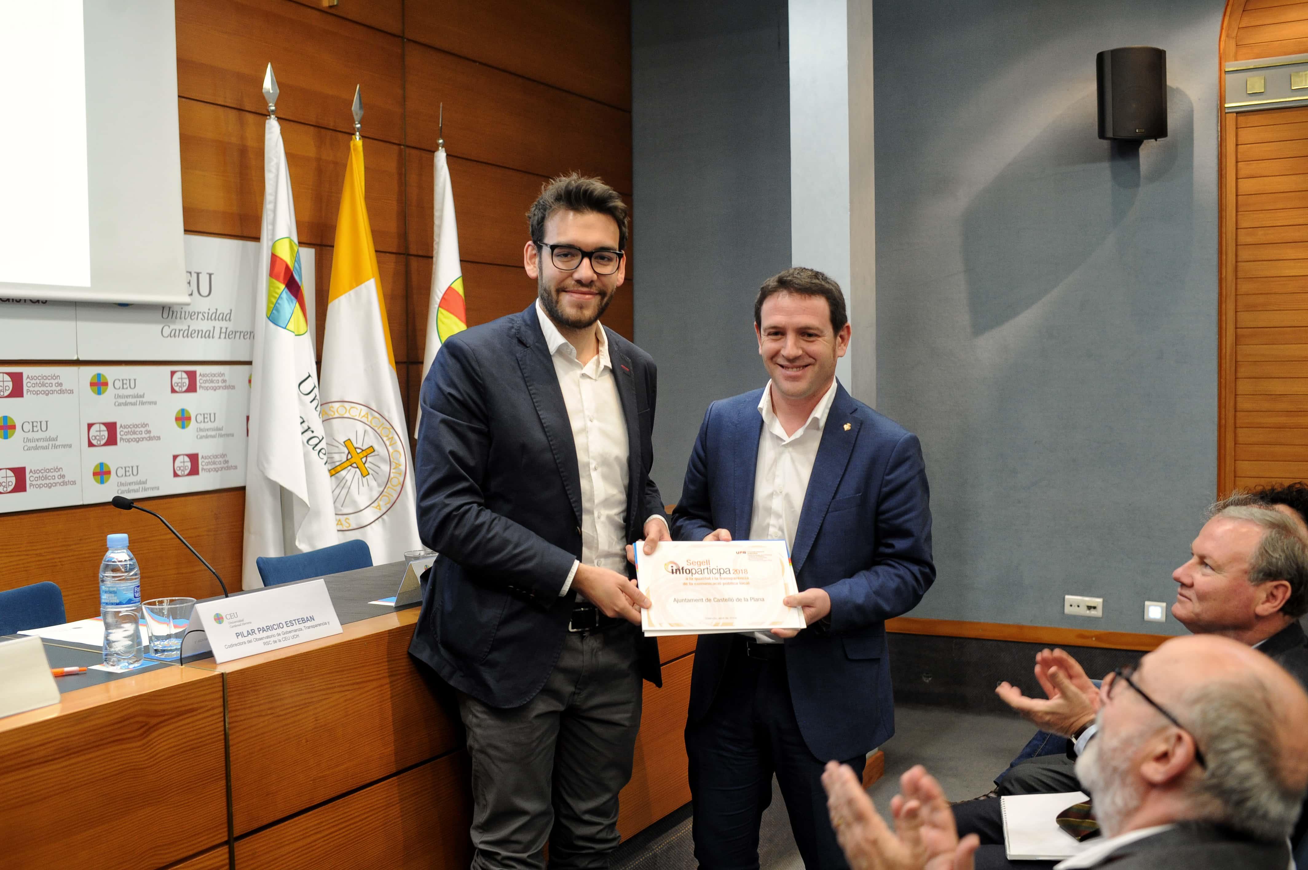 la-ceu-uch-y-la-autnoma-de-barcelona-premian-a-los-ayuntamientos-de-valencia-alzira-elche-y-castelln-por-la-transparencia-de-sus-webs-municipales_46676562395_o