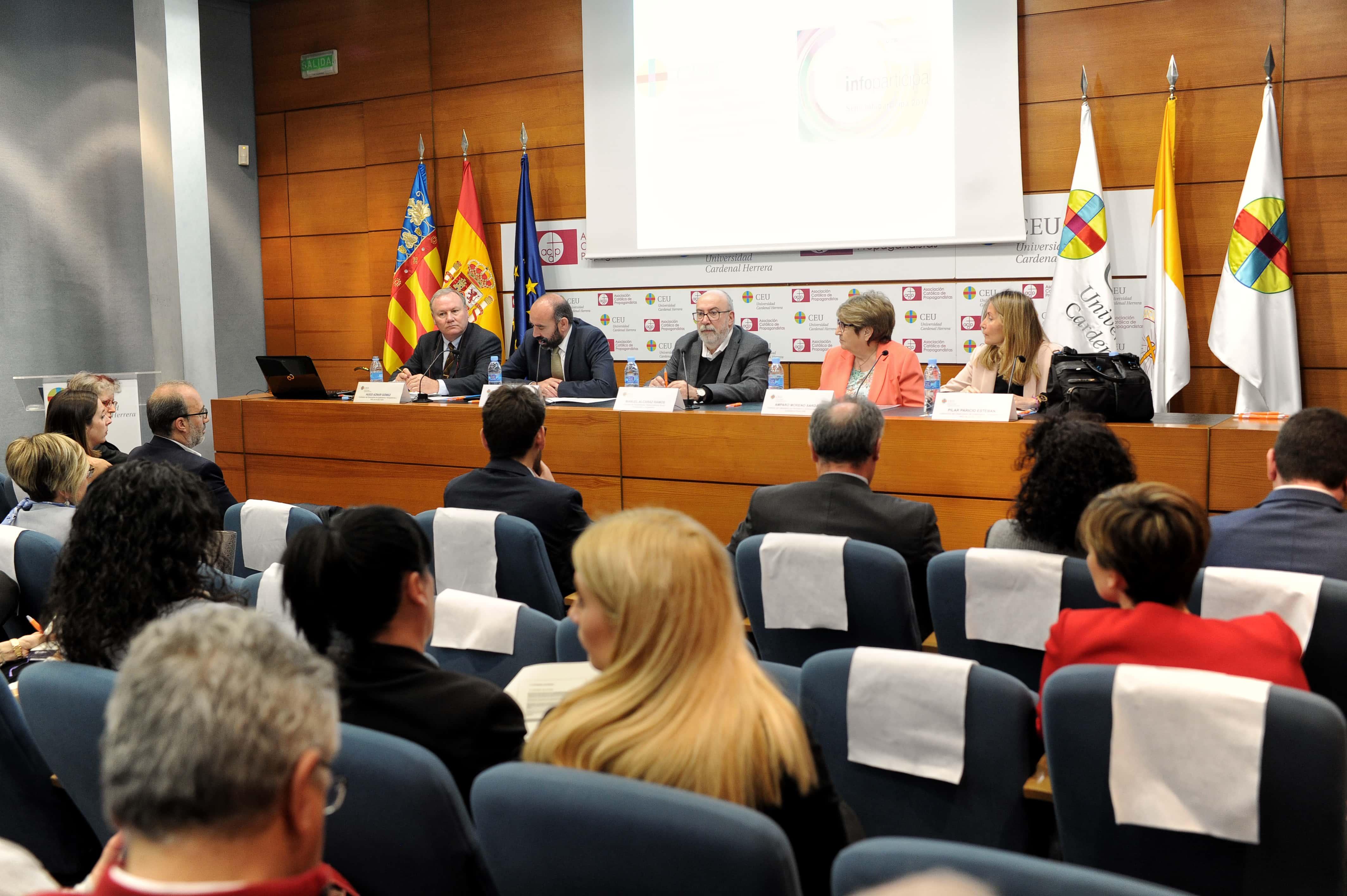 la-ceu-uch-y-la-autnoma-de-barcelona-premian-a-los-ayuntamientos-de-valencia-alzira-elche-y-castelln-por-la-transparencia-de-sus-webs-municipales_47592123931_o