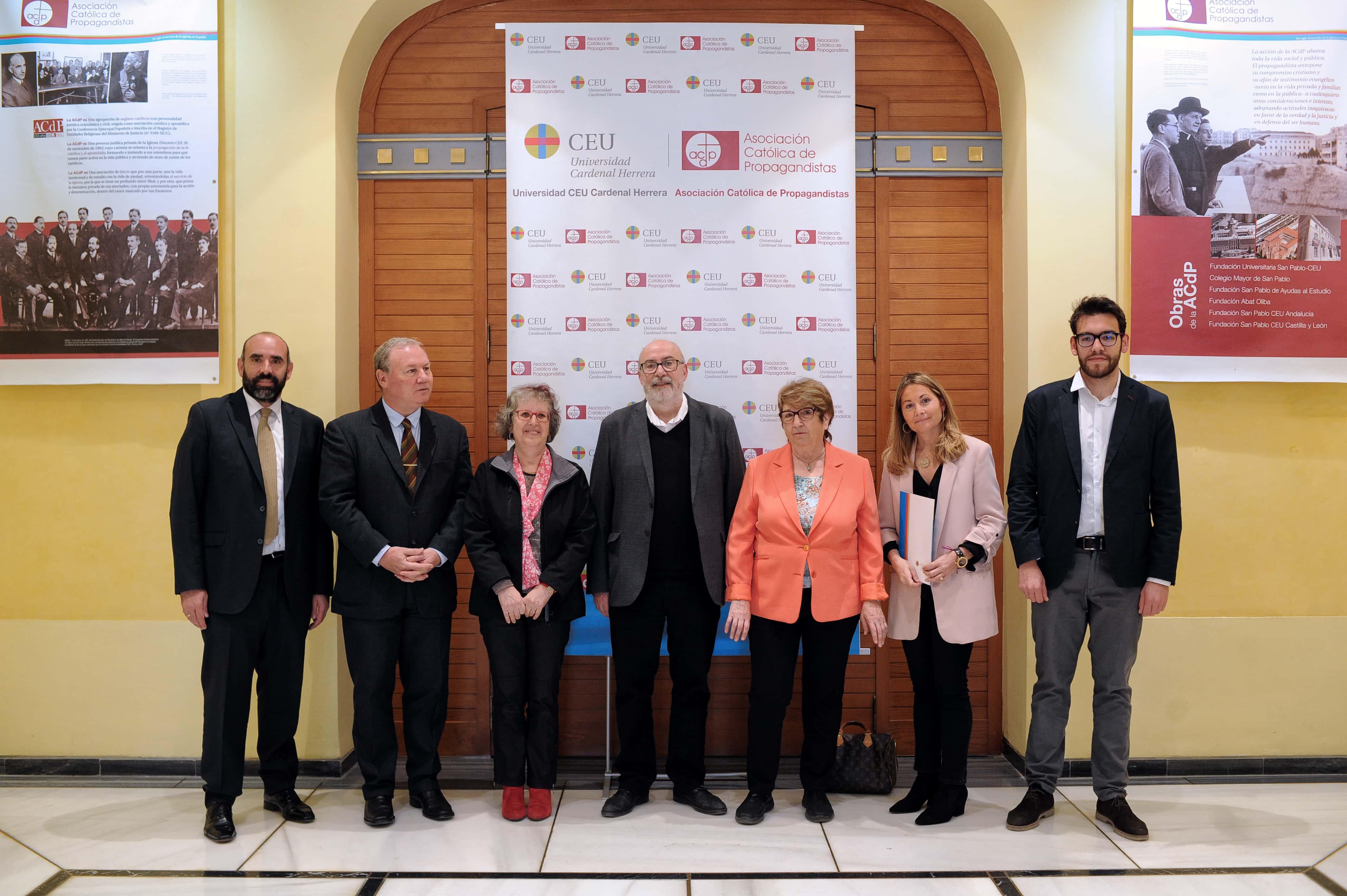 la-ceu-uch-y-la-autnoma-de-barcelona-premian-a-los-ayuntamientos-de-valencia-alzira-elche-y-castelln-por-la-transparencia-de-sus-webs-municipales_47592129631_o