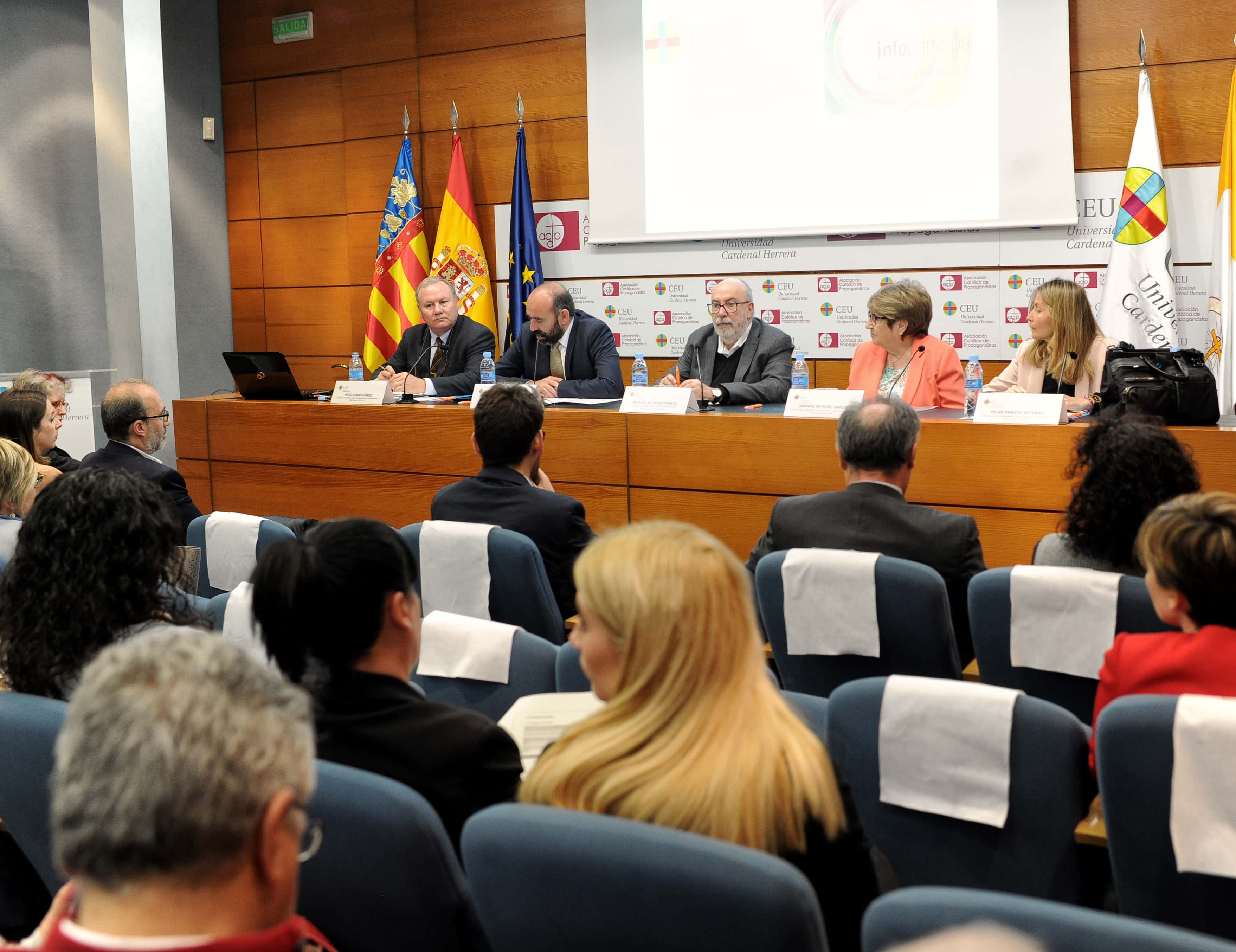 la-ceu-uch-y-la-autnoma-de-barcelona-premian-a-los-ayuntamientos-de-valencia-alzira-elche-y-castelln-por-la-transparencia-de-sus-webs-municipales_47592130691_o
