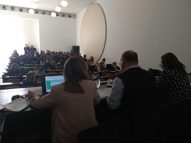 Presentación comunicación Pilar Paricio y Hugo Aznar
