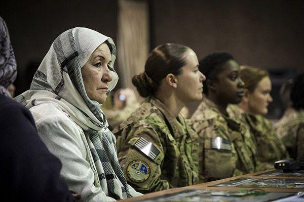 ARI44-2015-Solanas-Mujeres-paz-seguridad-lejos-aspiraciones-Resolucion-1325