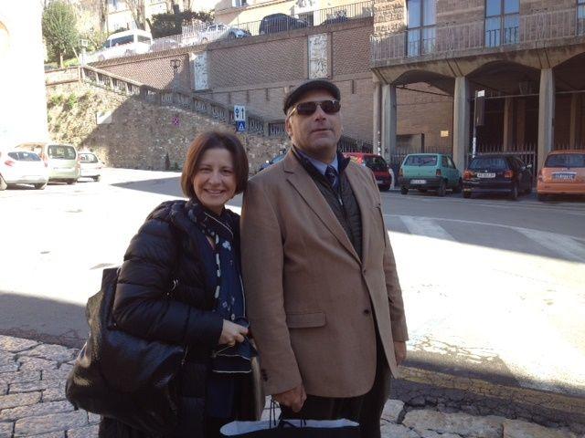 La profesora Sanz junto al profesor Pizzolo