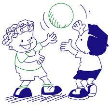 meninos jugando a pelota