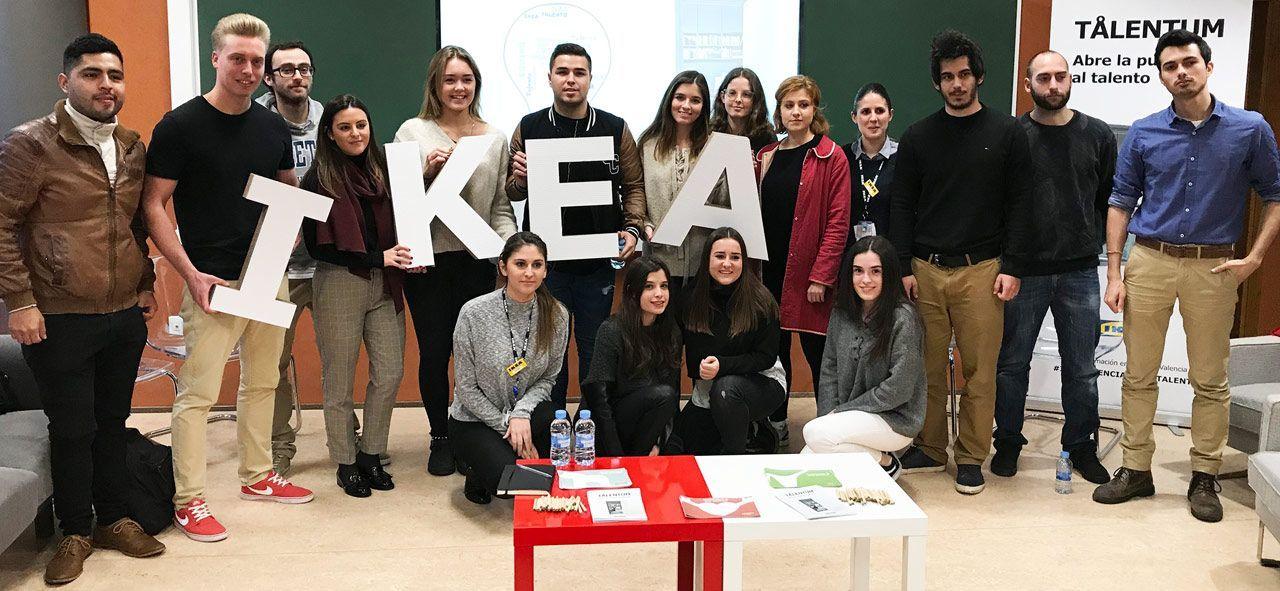Hace unos meses IKEA realizó una sesión de reclutamiento para prácticas y Working Meanwhile en nuestra universidad