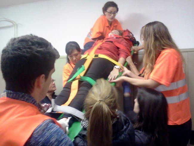 Inmovilizada y trasladada con éxito: así son nuestros alumnos de Máster. Preparados para actuar en situaciones reales.