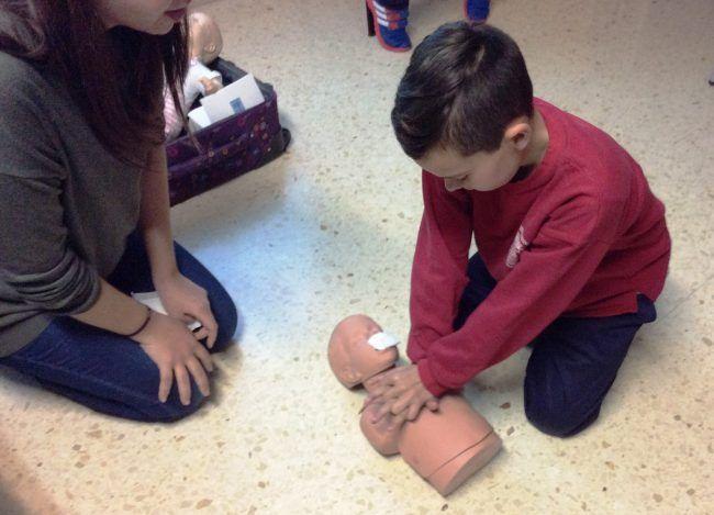 Los más pequeños aprenden más rápido y de manera más eficiente