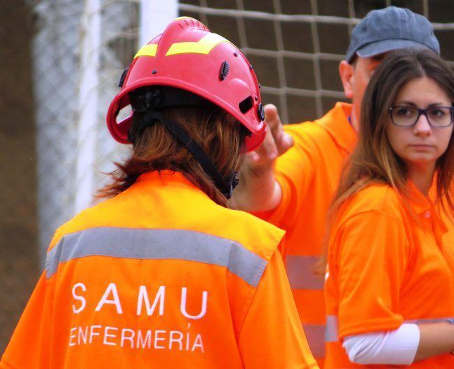 A la derecha María Rocafull subcoordinadora del AMV junto al Dr. Carmona
