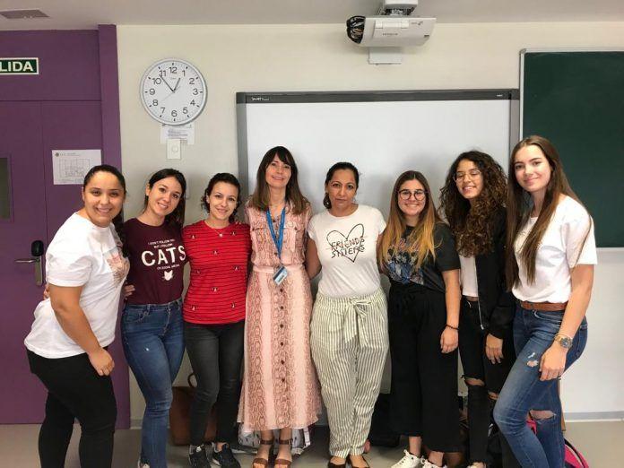 Grupo de Alumnas participantes en el Vídeo Glosario