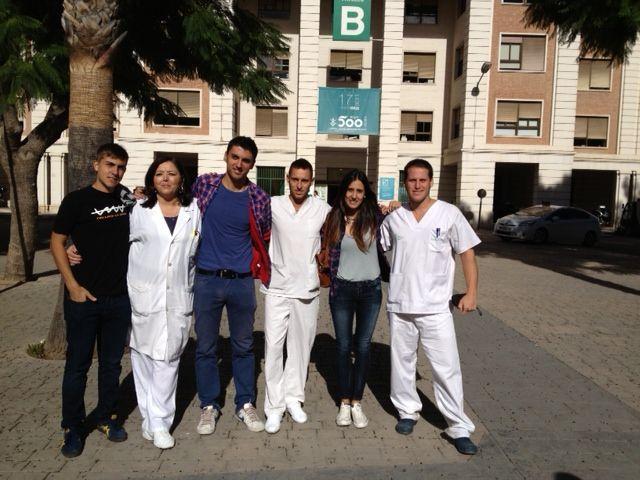 De izquierda a derecha aparecen Julio Araujo, Rosa Torregrosa, Diego Navarro, Tristan Vega, Maria Riera y Juan Davila