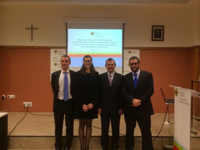 La nueva doctora Arguisuelas con sus directores de tesis