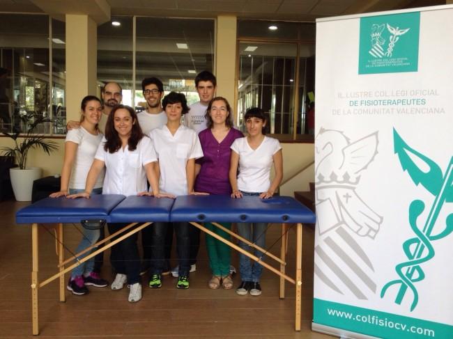 Inma Ambou y Suelen Cervelli, en el centro de la imagen, con el equipo del ICOFCV capitaneado por Jesús Ramírez y Bibiana Font, en la II Roller Maratón Playas de Castellón