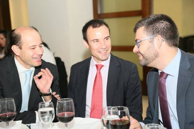 Los doctores Montañez, Lisón y Amer, durante la cena de la Gala