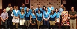 Borja con sus compañeros y profesores-del-master-de-Fisioterapia-de-la-CEU-UCH
