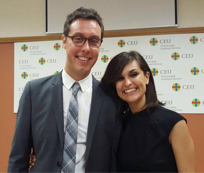 Vicent y su pareja, Katia, docente de Ciencias Políticas en la CEU Cardenal Herrera