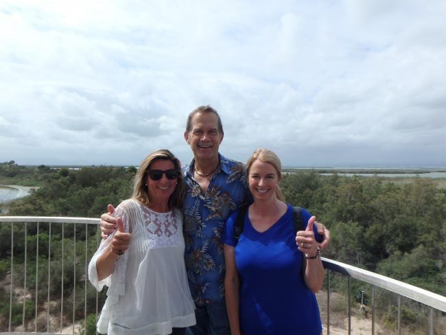 Laura y Harry me acompañan en la visita al parque de recuperación del Saler.