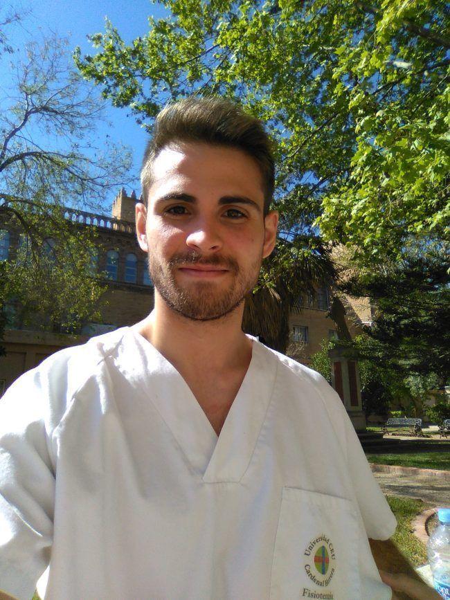 Alberto Cavero disfrutando de su Practicum de Fisioterapia del CEU