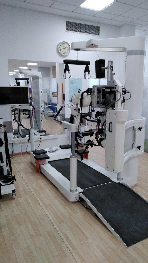 El lokomot, con el que Alberto ha realizado prácticas con pacientes neurológicos en el Hospital Valencia al Mar