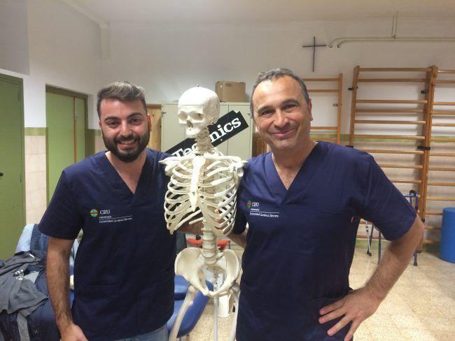 Los profesores de Fisioterapia Cardio-Respiratoria de la UCH-CEU, Fran Ferrer y José Ángel González