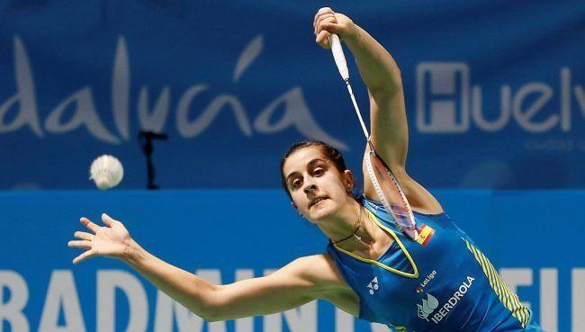 Carolina Marín desplegando su maravillosa motricidad en el campeonato europeo de bádminton celebrado en su Huelva natal. Fuente: El País
