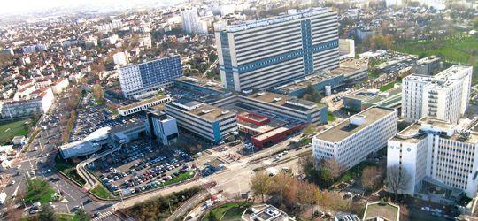 Vista panorámica del Hospital Henri Mondor de Creteil, Francia