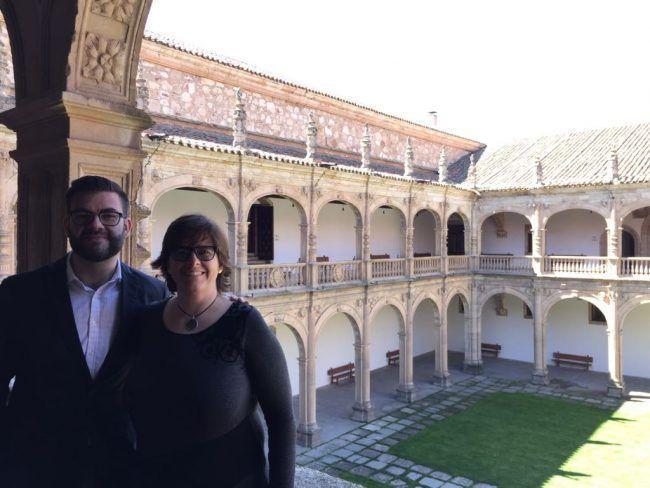 Juanjo Amer y Yolanda Noguera, vicedecanos de fisioterapia de la UCH CEU, en la Conferencia de Decanos de Fisioterapia reunidos en Salamanca