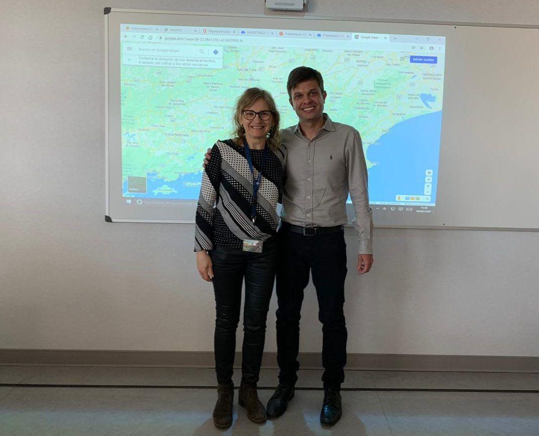 Nos visitan desde Brasil. El profesor brasileño Maycon Moura y nuestra profesora Eva Segura