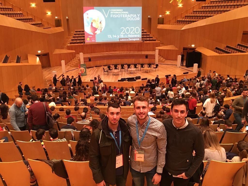 Conociendo mejor el dolor... Nuestros alumnos Miguel, Patricio y Juan en el V Congreso SEFID en Zaragoza