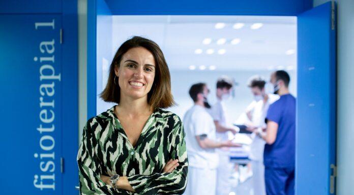 La professeure Cristina Orts dans notre campus à Elche