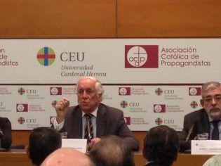 D. Carlos Espinosa