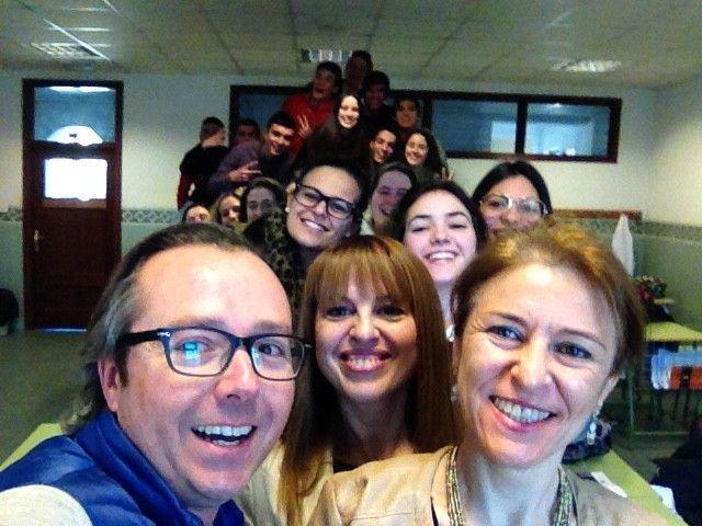 Selfie con todos los alumnos