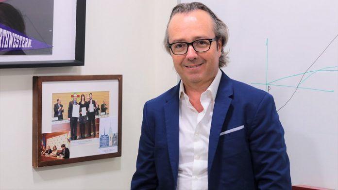 El profesor de Marketing e impulsor del COIL en el grado, Francisco Suay