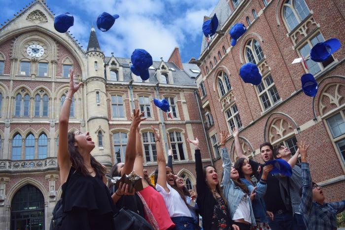 Credits | Université Catholique de Lille