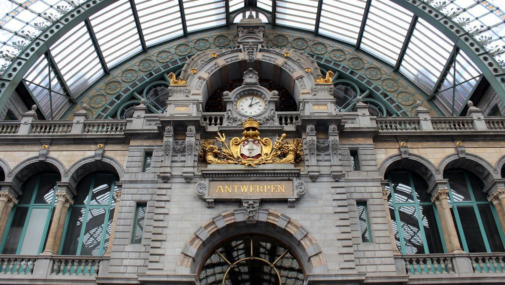 The main central station, beautiful!