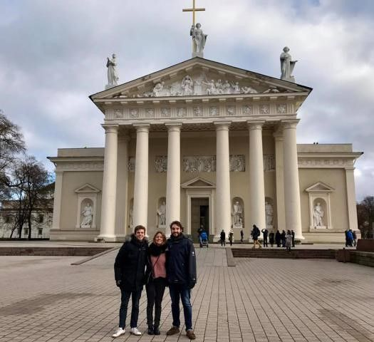 Marian and her friends in front of the cathedral (Vilnius, Lithuania)