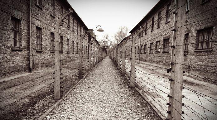 Barracones de campo de concentración
