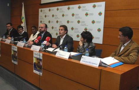 Rubén Baraja en el Triatlón Solidario de la Universidad CEU Cardena Herrera