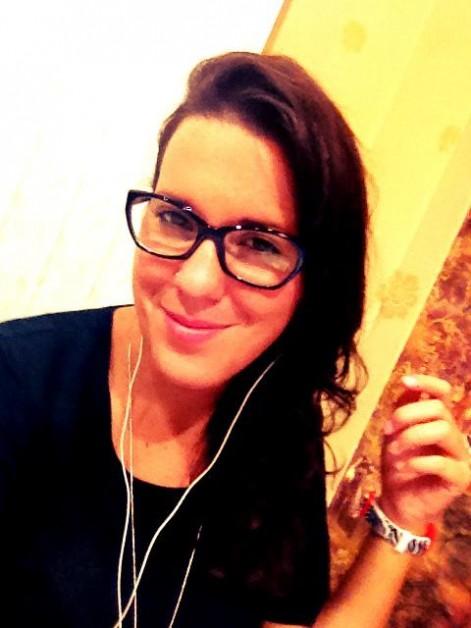 Silvia Aparicio, licenciada en Periodismo en la UCH-CEU, trabajo sin fronteras